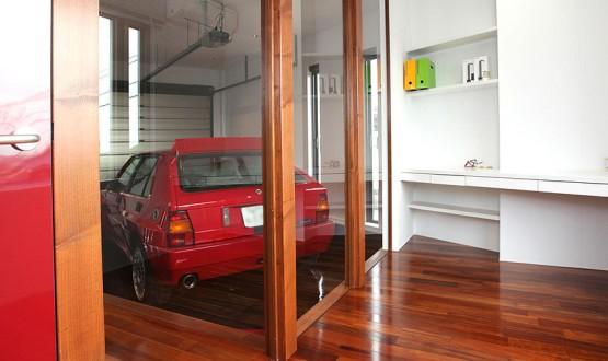 車と暮らす家